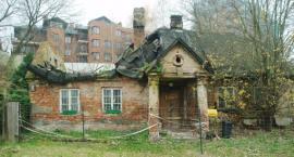Ulica Potoki 5, niedaleko stacji metra Wilanowska – skandal na miarę zabytku