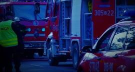 Pożar na Bluszczańskiej 69 za pancernymi drzwiami, które uniemożliwiały pomoc strażakom