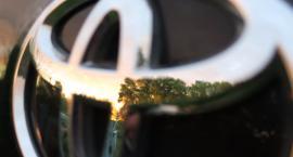 Trasa Siekierkowska znowu dała o sobie znać: kierowca toyoty stracił przytomność za kierownicą