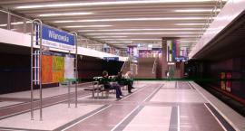 Kontakt24: dwóch obcokrajowców pobitych na stacji metra Wilanowska w niedzielę